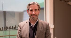 Rickard Sundbom, stadsdirektör, funderar på om näringslivsenheten ska ligga under Destination Södertälje eller inte.