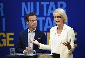 Moderaternas partiledare Ulf Kristersson och partiets ekonomisk-politiska talesperson Elisabeth Svantesson. Foto: Henrik Montgomery/TT
