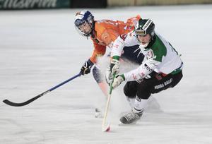 Niklas Wiklander och Frillesås kämpade tappert men förgäves på Sävstaås.