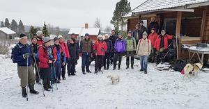 Långvandringar i skog och mark har blivit ett populärt inslag i SPF Faluns verksamhet och man slår nya deltagarrekord gång på gång. Foto Mats Hiertner.