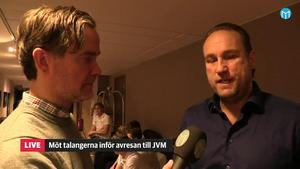 Chris Härenstam intervjuas av Daniel Sandström.