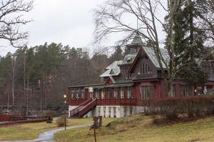 Älvkarleby turisthotell hade kanske varit fullbokat om forsen inte blivit vattenkraftverk.