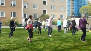 Dansträning hos PRO. Bild: Maj-Britt Norlander.