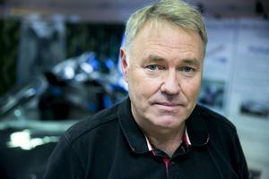 På vissa håll saknar mer än var tionde bälte och går man ner på kommunal nivå är användningen på sina håll ännu sämre, säger Hans Moberg på NTF Dalarna.