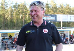 Mikael Teurnberg, Rospiggarnas lagledare och allt-i-allo.