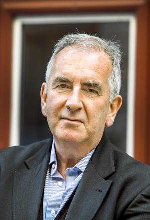 Den brittiske författaren Robert Harris är aktuell med romanen