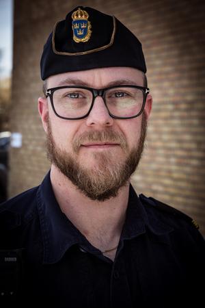 Kommunpolisen Thomas Nordström har också stora förväntningar på företaget Krylbohus AB (en del av företaget Landsort Care) som köpt upp de 711 lägenheterna i Krylbo som tidigare ägdes av Krylbostäder AB med Christian Kirkman-Möller i spetsen.