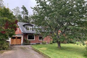 Arbmans Väg 11 B i Köping har bytt ägare för 2 800 000 kronor.