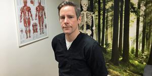 Mikael Malm har startat naprapatklinik i Härnösand.