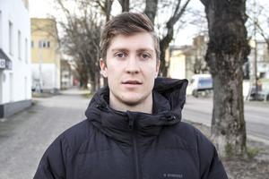 Anders Eriksson har inte kunnat träna pingis på flera månader.
