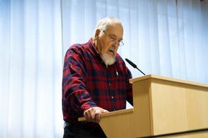 Bengt Karlsson från DHR (Delaktighet, handling, rörelsefrihet) pratade om arbetet för att skapa delaktighet för rörelsehindrade i samhället.