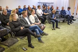 Företagare från Odenskog och Lillänge träffade politiker och kommunala tjänstemän för att diskutera frågan kring en mer permanent trafiklösning.