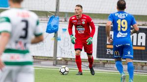 Anton Fagerström fick efter många år i division 1 med Nyköping och VSK äntligen göra debut i superettan under lördagen.