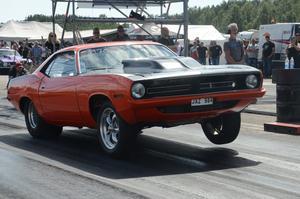 Alexander Larsson testade sin 1970-års Cuda.