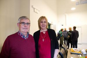 Kurt Kvarnström (S), ordförande i Gamla byns styrelse och Susanne Berger (S), ordförande i omsorgsstyrelsen.