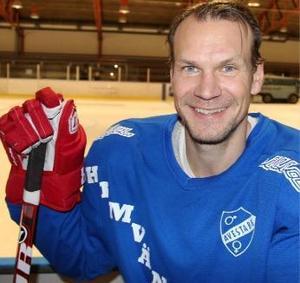 Nicklas Lidström i Avesta-tröjan. Foto: Arkiv.