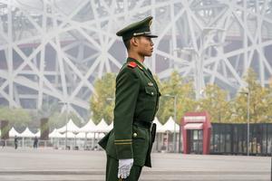 Kinesisk soldat på vakt. Foto: Heiko Junge / NTB scanpix / TT /