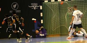 Mirza Turan satte 2–0-målet för ÖFC efter