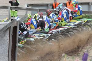 En 18-åring skadades i samband med en motocrossträning på Kråkhult motorstation på onsdagen.
