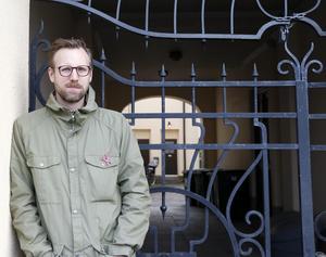 Niklas Larsson från Enånger har precis släppt ett album digitalt.