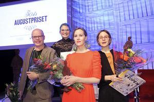 Pristagarna av Augustprisen 2018: Från vänster: Magnus Västerbro, Linn Spjuth, Linnea Axelsson och Emma AdBåge. Foto: Sören Andersson.