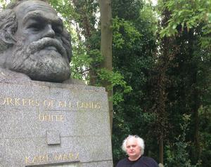 Marx hade en del att säga om migrationsfrågan. Foto: Privat. Från Highgate Cemetery i London.