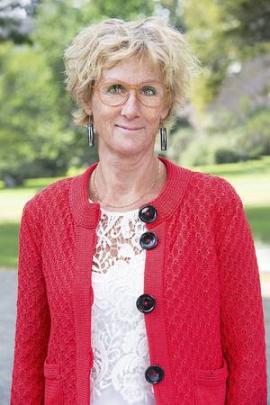 Britta Hedefalk är sakkunnig på hudcancer hos Cancerfonden