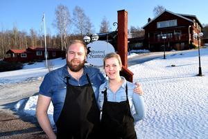 – Vi vill kunna presentera och erbjuda en del av Dalarnas matarv på hemmaplan, förklarar Bruntegårdens krögarpar Linn och Magnus Ollas.