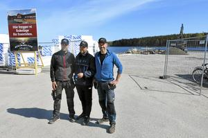 Kusinerna Lars-Göran, Dennis och Magnus Bergman gör en gemensam satsning i Saltharsfjärden.
