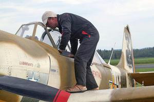 Nu är förberedelserna i full gång inför norra Europas största flygshow.