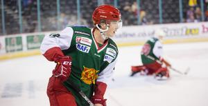 Nils Carnbäck lämnar Mora efter ett år i klubben.