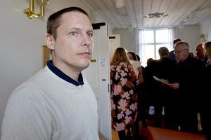 Sjukvårdspartiets gruppledare Mattias Rösberg (SJVP) tror att det under de kommande fyra åren kommer att dyka upp ärenden som kommer att pröva samarbetet mellan de politiska motpolerna S och M.
