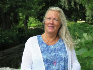 Eva Lindberg  varnar för att sjukvården och övrig välfärd i Gävleborg blir lidande om Alliansen vinner regeringsmakten.