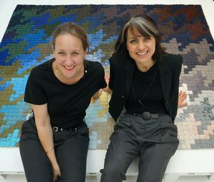 Katarina Evans och Katarina Brieditis är kända i hemslöjdskretsar bland annat för sitt mattprojekt Re Rag Rug där de med återbruk skapade nya mattor.