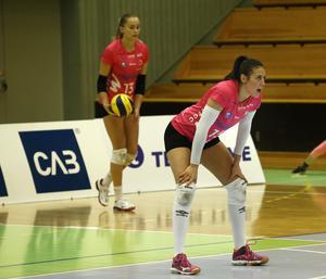 Diana Lundvall är bästa svensk i elitseriens poängliga. Alla andra på topp nio i poängligan är proffs – Lundvall är överlägset bästa svenska så här långt.