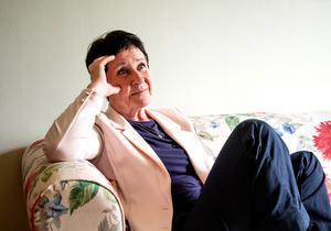 """""""Jag har verkligen haft en fantastisk arbetsgivare i Västerås stad, och många fantastiska människor som arbetskamrater"""", säger Harriet Pettersson som går i pension från sin tjänst som kommunikatör den 9 maj. Foto: Annika Persson"""