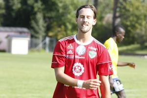 Nisse lider med sin gamla klubb Valbo som ramlat ur division 2.