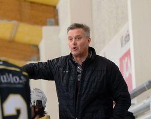 Tränarlegendaren Ulf Skoglund är mentor till Isac Heens.