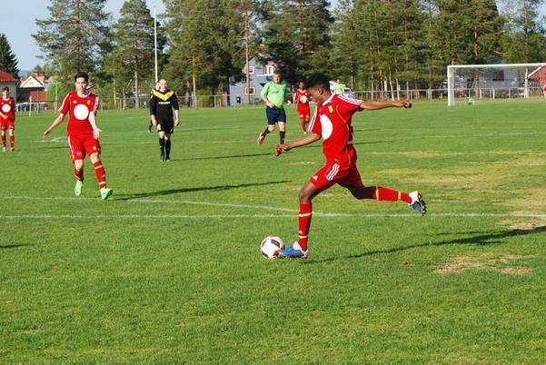 Svegs IK hade många avslut och gjorde även fyra mål.