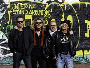 The Quarter Men bjuder på musik av The Beatles, men lirar även annan 60-talspop. Bandet kommer från Göteborg.