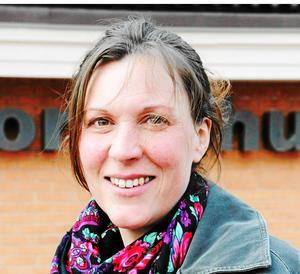 Kommunalrådet Stina Munters (C) konstaterar att det var olyckligt att det inte gjordes någon förhandling med Brandfacket.