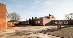 Så här Gylle skola, Borlänge, och dess skolgård, ut idag.