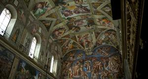 Sixtinska kapellets tak är målat av mästare.