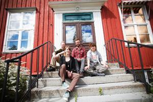 Jazzens ambassadörer på grundskolenivå, Magnus Vikberg, Linnea Lundgren, Ian Barstowe och Matilda Wizell. Foto: Anna-Karin Pernevill
