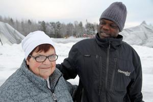 Ulla-Britt Mickelssom och Galami Abdelrahman Abdulla hade båda tagit sig till Älvvallens arenaområde på lördagen.