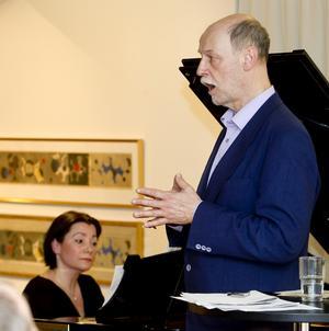 Jan Hammarlund kan sjunga annat än visor. Foto: Arkiv