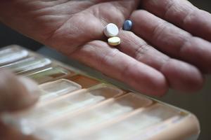 Det övergripande ansvaret för svensk läkemedelsförsörjning försvann i och med att apoteksmonopolet avskaffades.