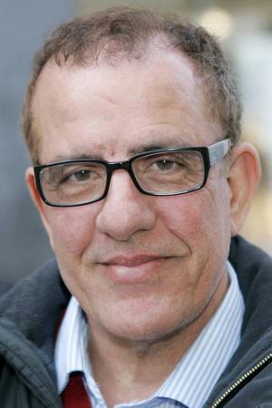 Abbe El Hachimi rekommenderar alla invandrare att engagera sig politiskt.