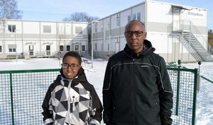 Eleven Zakarie Mohamed Osman , 10 år, och pappa Mohamed Osman berättar att Zakarie har svårt i skolan.