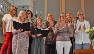 Mats-Olof Liljegren har arrangerat om några kvinnliga artisters låtar för en körkonsert med kvinnokören Gott och blandat. Foto: Rolf Jonsson